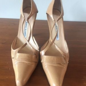 Vintage Manolo Blahnik Nude Heels